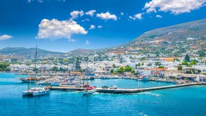 Paros Adası