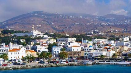 Tinos Adası